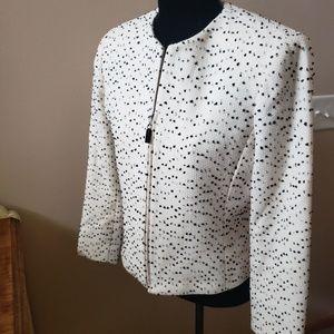 EUC DANA BUCHMAN Italy black white wool 6 petite